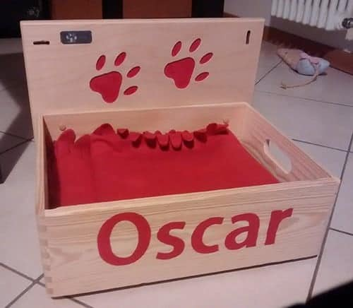Cuccia box in legno per il gatto Oscar
